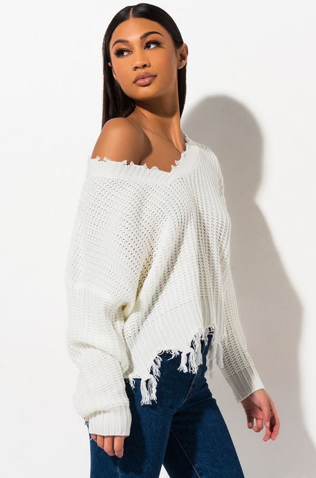 Distressed Knit Sweater / Ivory