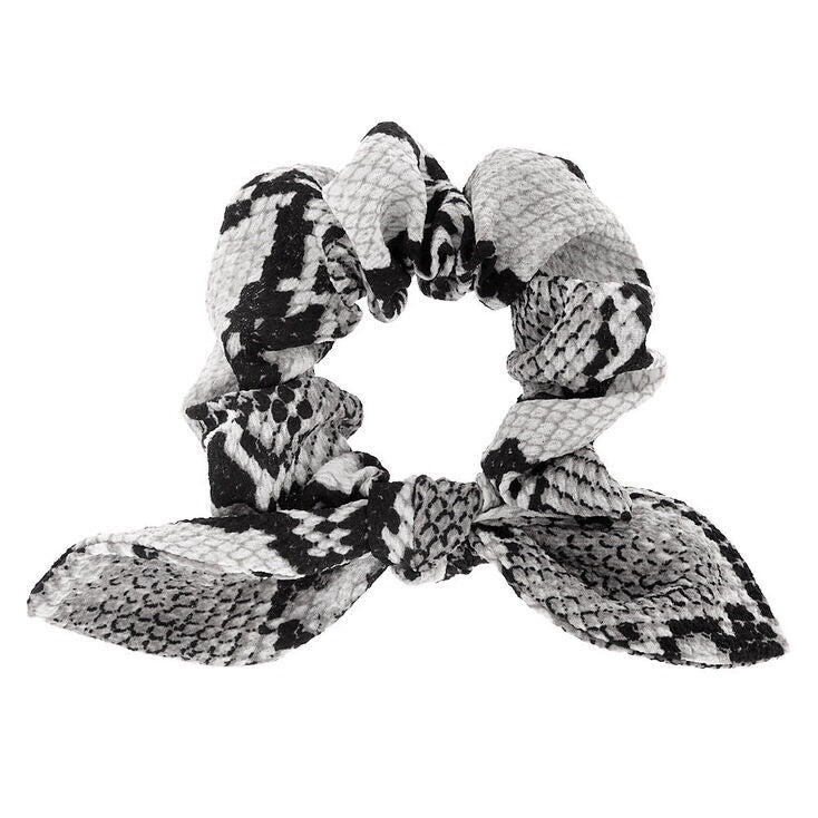 Snakeskin Knotted Bow Scrunchie - Gray