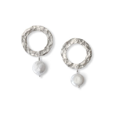 One Pearl Earrings