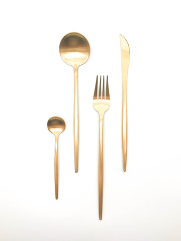 Gold cutlery set 16 piece
