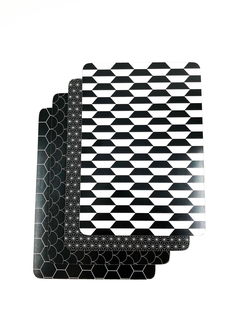 Black and white placemat set 1