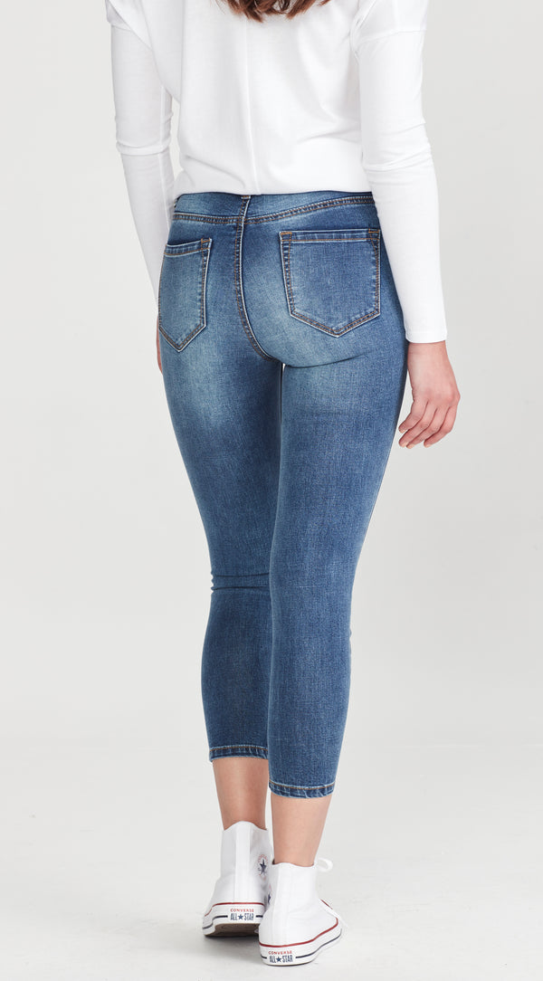 AMELIA | Short Stuff Jean Blue