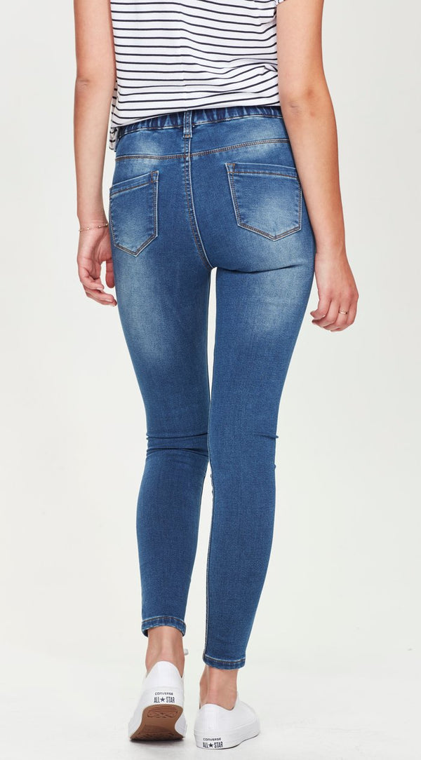 elastic stretchy jeans