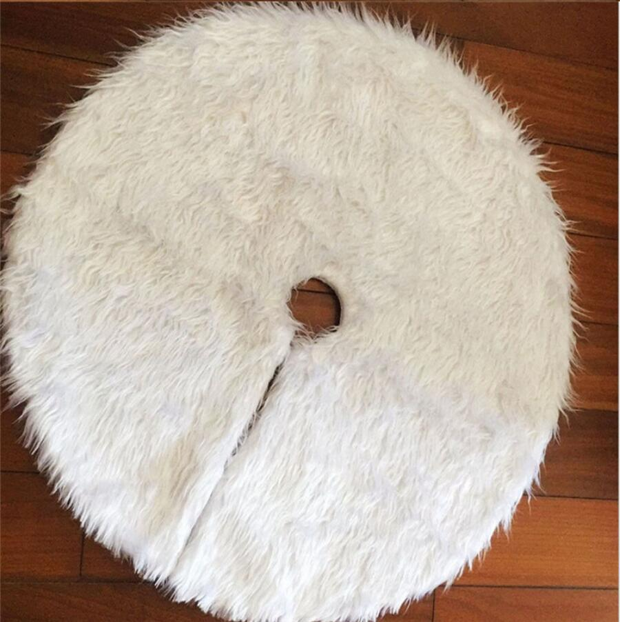 Faux Fur Christmas Tree Skirt - RB Trends