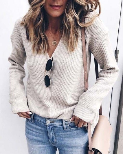Curvedgirl V-Neck Solid Long-Sleeved Sweater