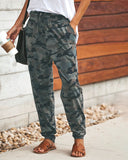 Curvedgirl Slim Straps Camo Printed casual pants