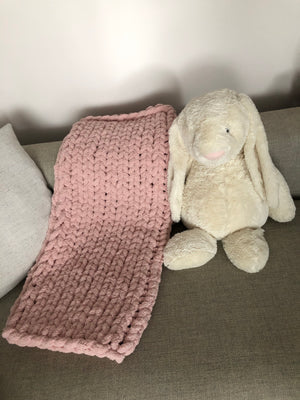 Healing Hand, Chunky Knit Baby Blankets - Light Pink