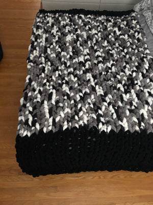 Healing Hand, Chunky Knit Blankets Black & Camo Mix