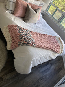 Healing Hand, Chunky Knit Baby I'm In Love with Pink Blanket
