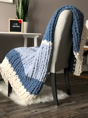 Healing Hand, Chunky Knit Blankets Cottage Blue
