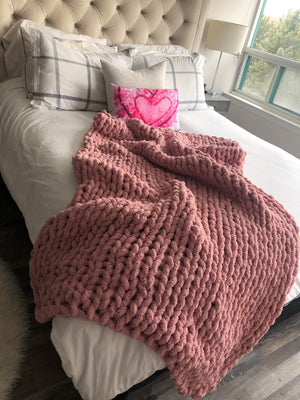 Healing Hand, Chunky Knit Blankets Pretty in Pink