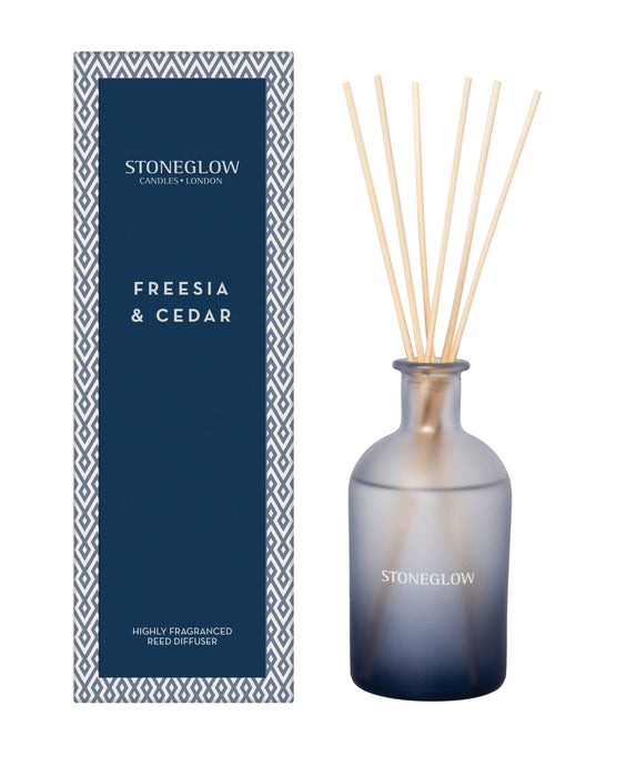 Freesia and Cedar room diffuser