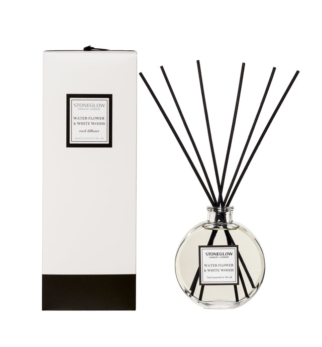 Water flower and White woods room diffuser
