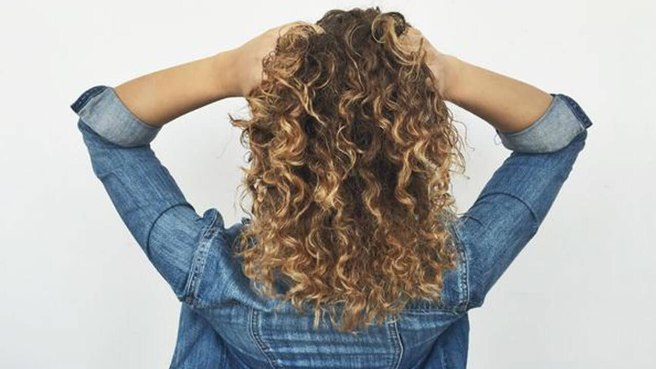 How To Love Your Hair Type Fine Hair Frizzy Hair Coarse Hair Oily