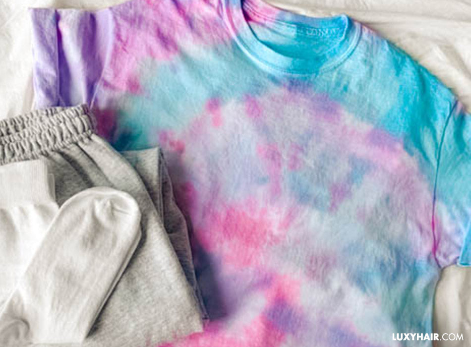 How to DIY your own tie dye