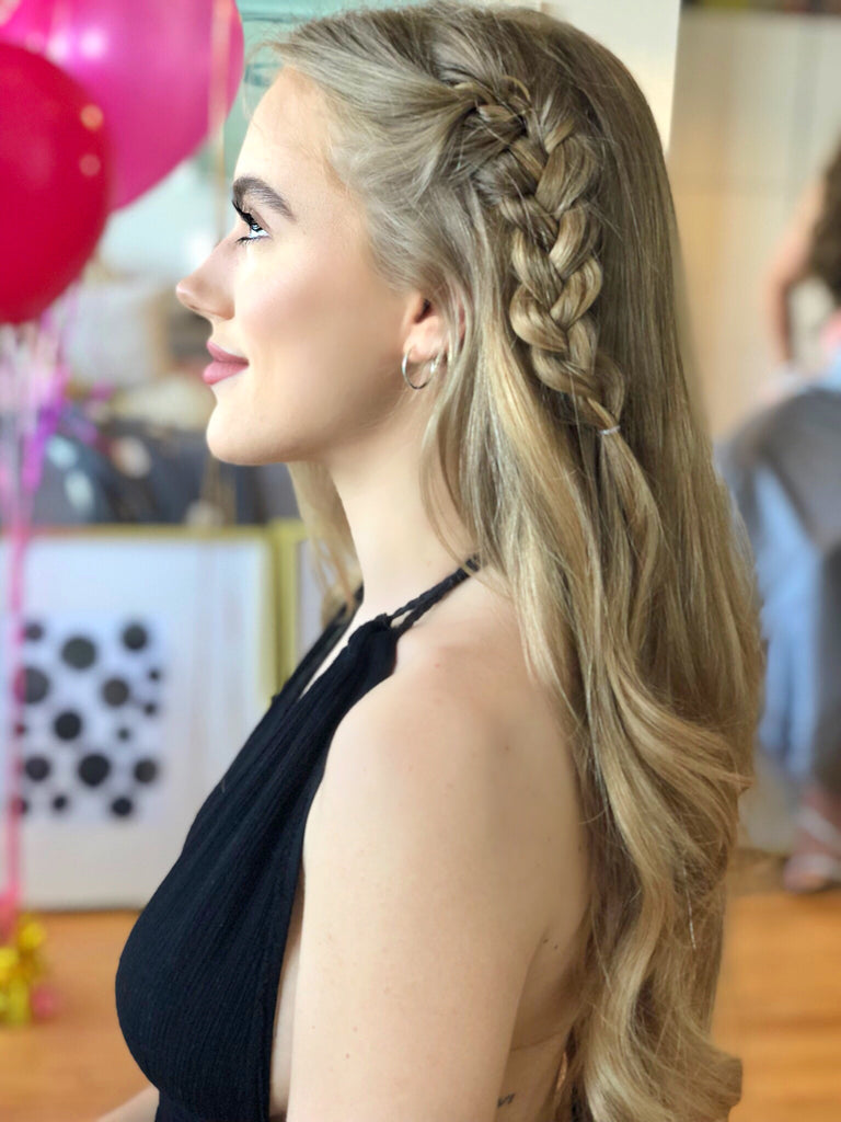 Do I have to choose the original hairstyle at the prom
