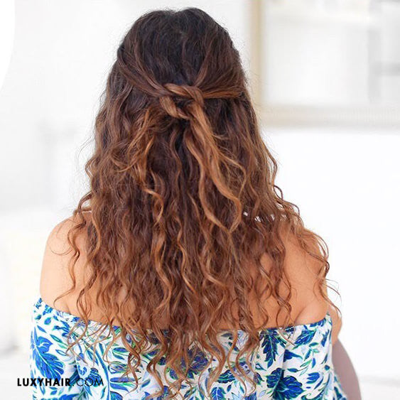 5 Hairstyles for Constantly Frizzy Hair – Luxy Hair