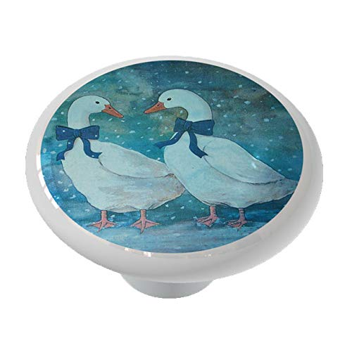 Winter Snow Geese with Bow Drawer Knob