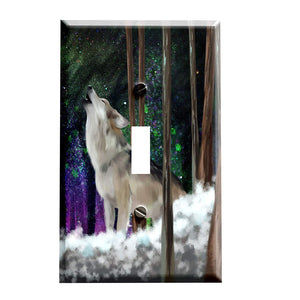 Howling Wolf Aurora Switch Plate - Wolf Theme Home Decor