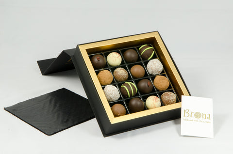 16 Truffle Box (with alcohol)