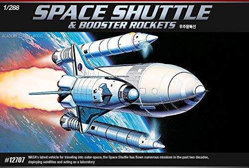 ACA12707 - Academy Space Shuttle With Rockets 1/288