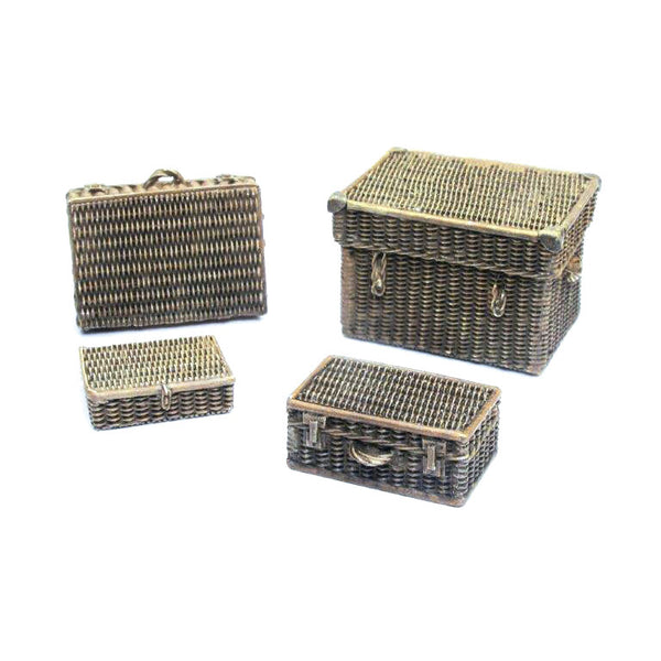 SC227 - Wicker Suitcases  -  Vallejo Scenics