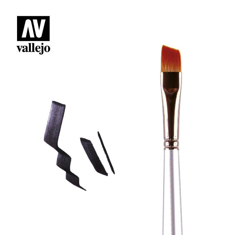 PM04004 - ANGLED SHADER BRUSH NO 4 - Vallejo Paint Master