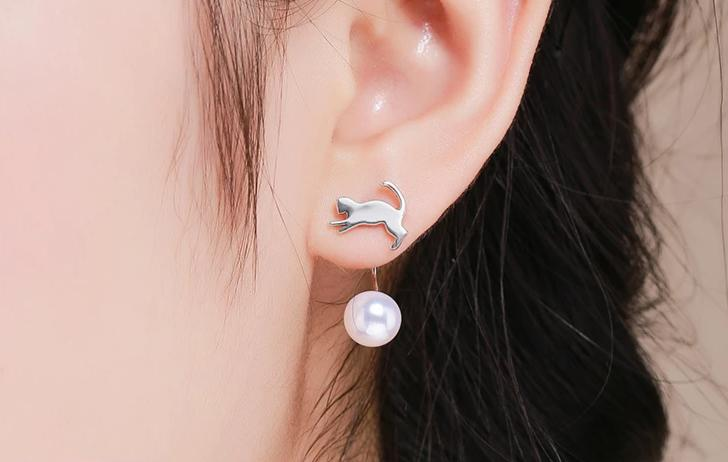 Silver Cat Earrings <br/> Playing Cat - The Cat Paradise