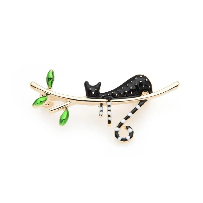 Cat Brooch <br> Black cat on a branch - The Cat Paradise