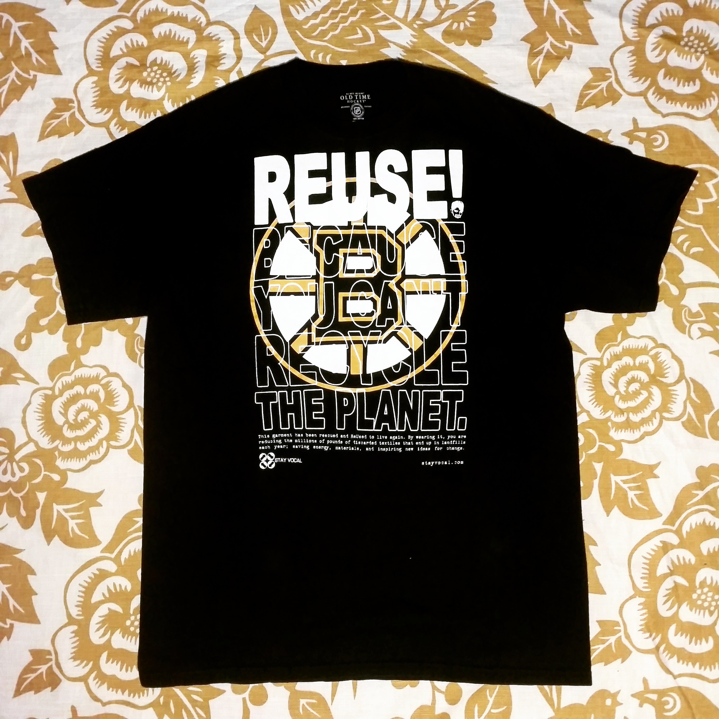 One of a Kind (Men's L) REUSE! Hockey in Boston T-Shirt