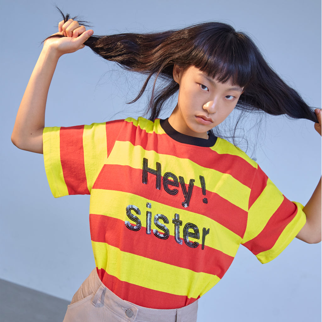 """R HEY SISTER SPANGLE"" Tシャツ
