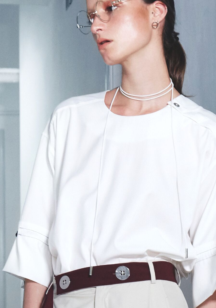 High Round Silver-Point Blouse with Ringed Sleeves - IVORY