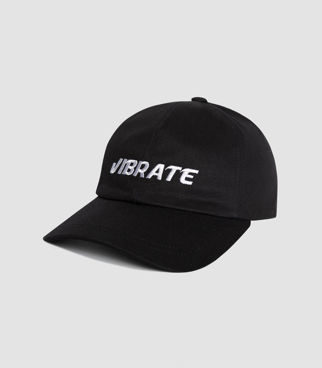 SIGNATURE NAME BALL CAP (black)