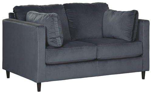 Kennewick Signature Design by Ashley Loveseat