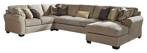 Pantomine Benchcraft 4-Piece Sectional with Chaise