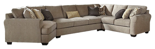 Pantomine Benchcraft 4-Piece Sectional with Cuddler