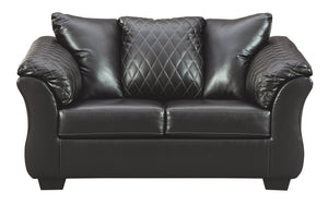 Betrillo Signature Design by Ashley Loveseat