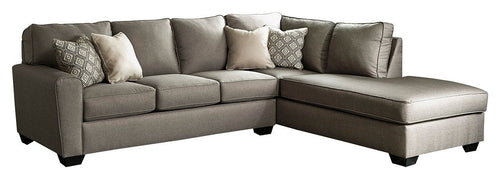Calicho Benchcraft 2-Piece Sectional with Chaise