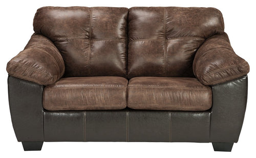 Gregale Signature Design by Ashley Loveseat