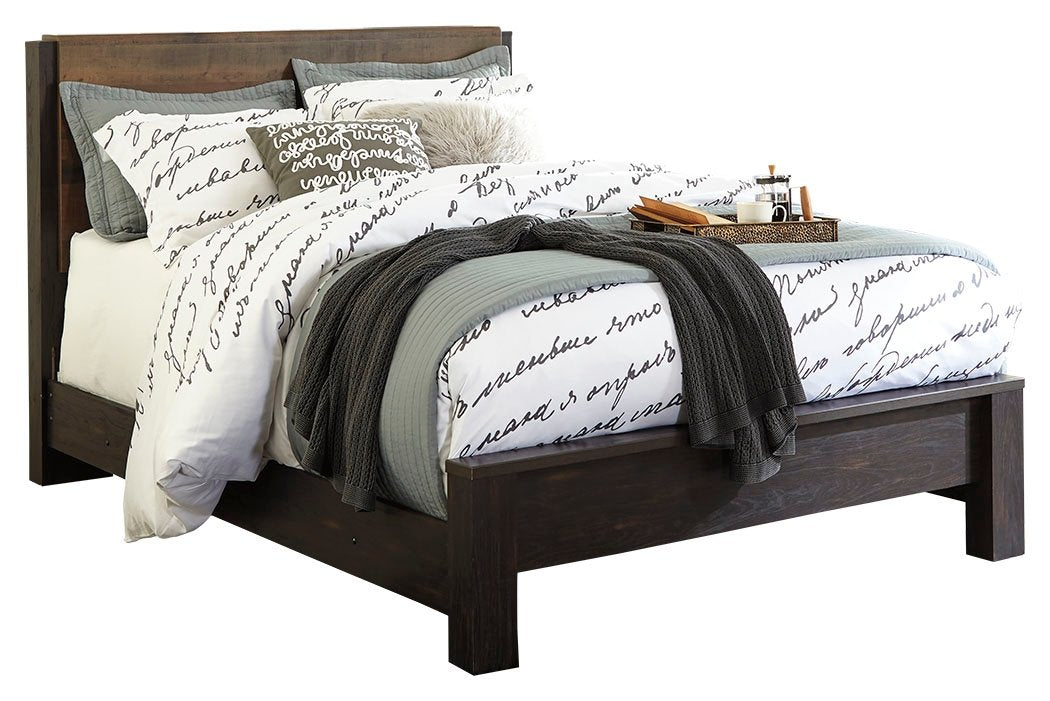 Signature Design by Ashley Windlore Queen Panel Bed