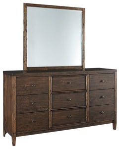 Kisper Signature Design by Ashley Dresser and Mirror