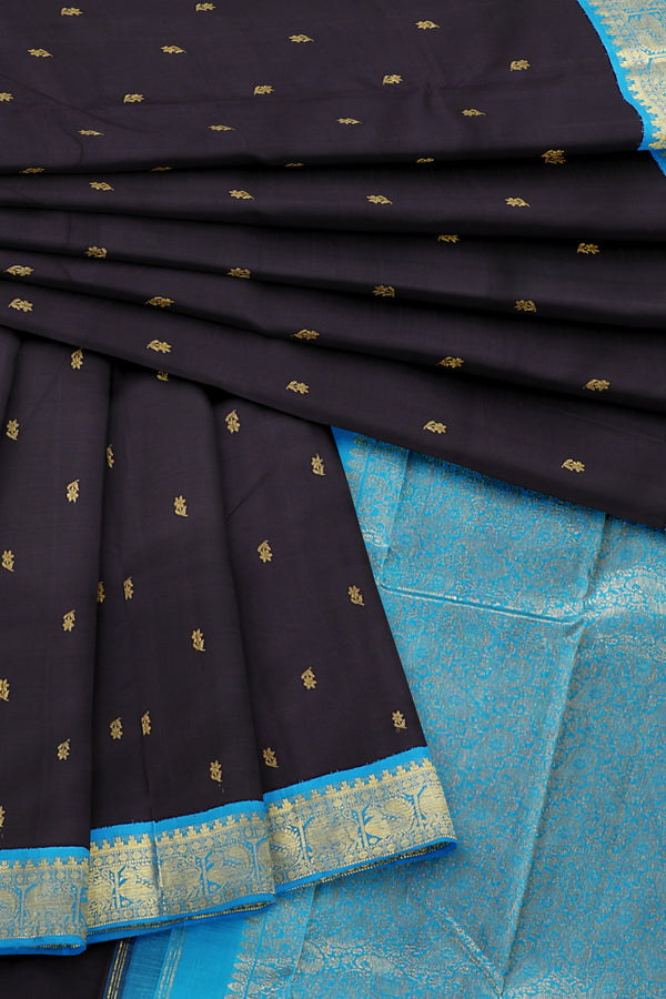 Black saree with blue border