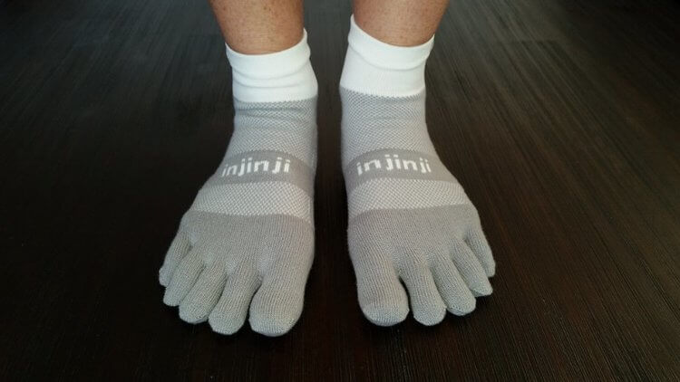 toesocks to cushion interdigital areas to prevent blisters