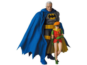 MAFEX Batman: The Dark Knight Returns No.139 Batman (Blue Ver.) & Robin Pre-Order*
