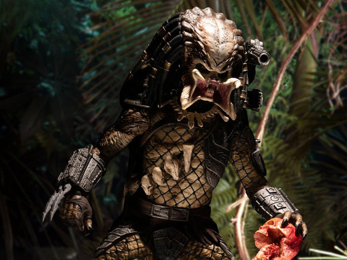 Mezco One:12 Collective Predator Deluxe Edition Figure Pre-Order*