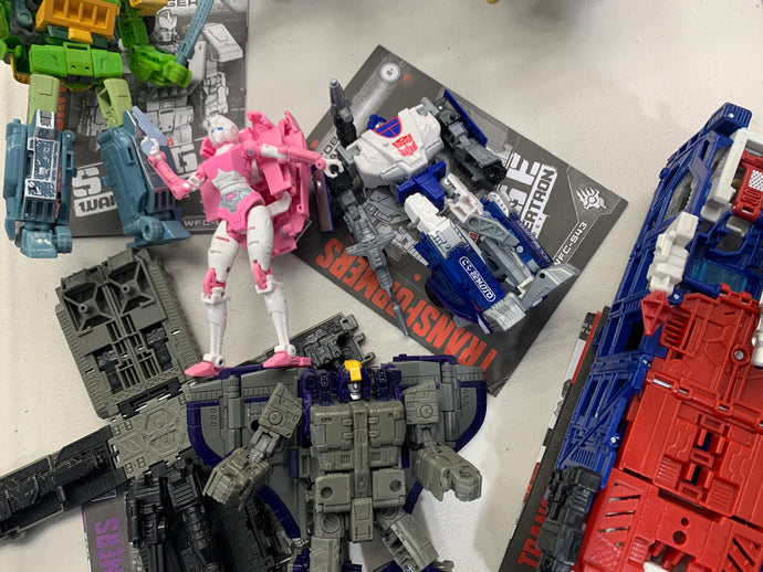 Pre-Owned* Transformers War For Cybertron: Siege/Earthrise - Loose/Complete - Lot