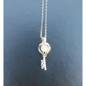 The Cage Key Aroma Necklace