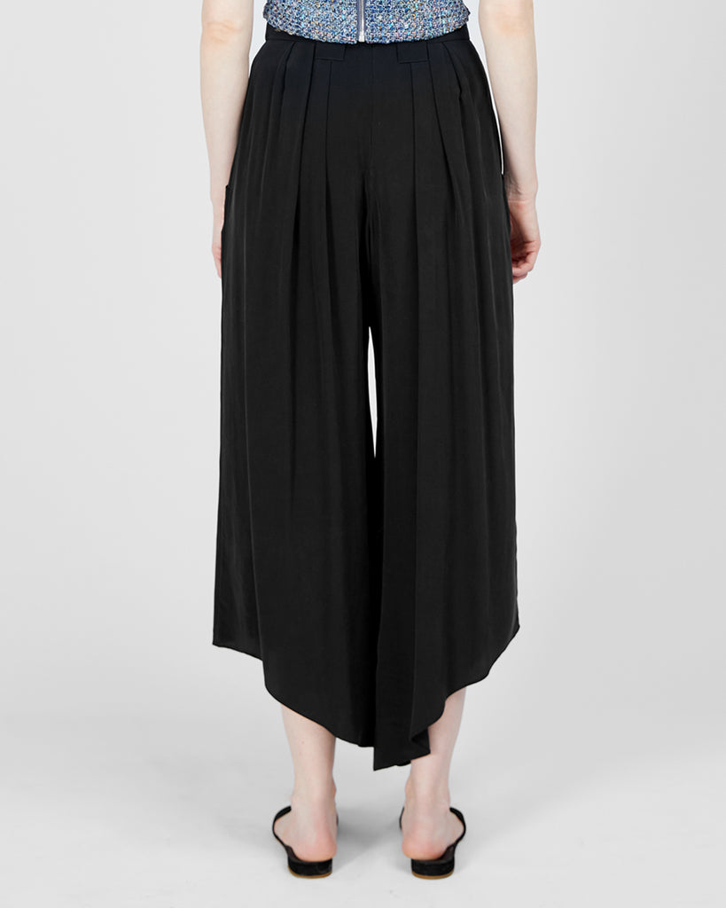 The Lova Pant in Charcoal - INGA-LENA