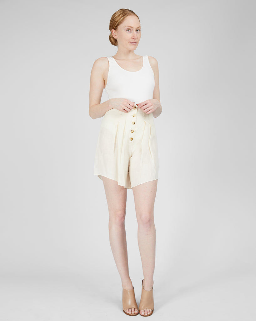 The Bia Shorts in Linen - INGA-LENA
