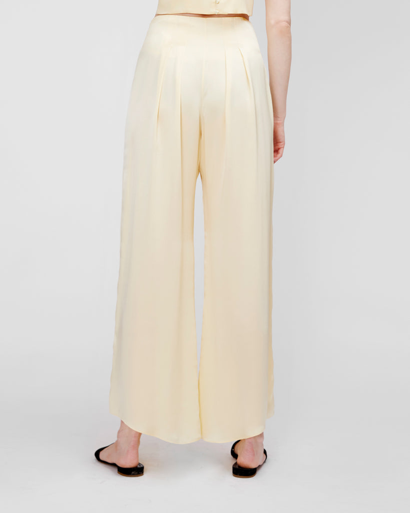 The Veiga Pant in Flan